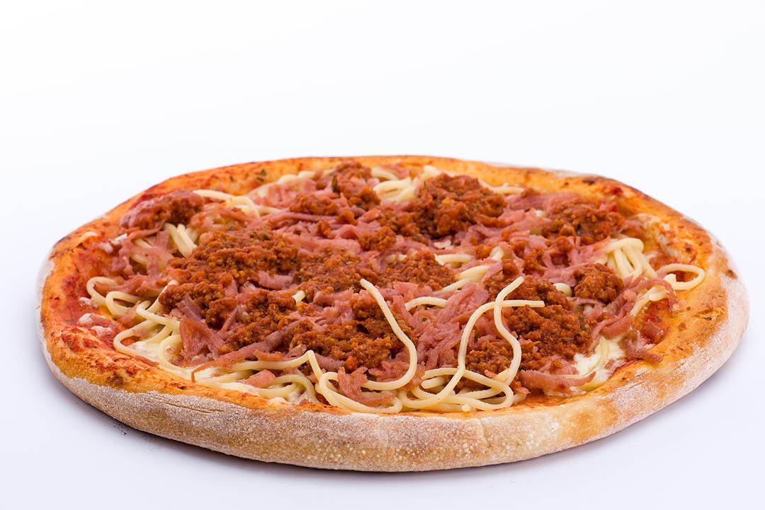 kødsovs pizza